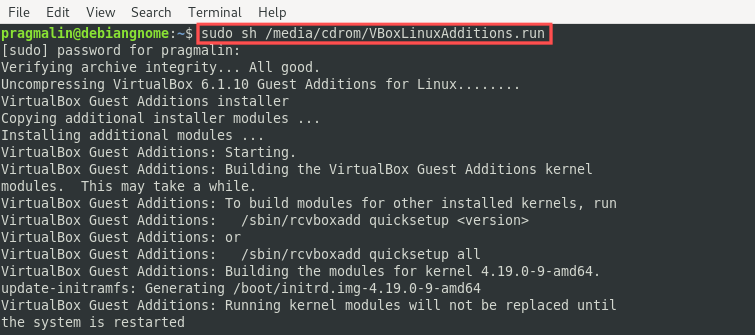 Terminal screenshot that shows how to install the VirtualBox guest additions in Debian.